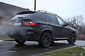 Тонировка оптики и оклейка решетки радиатора в черный цвет (ShadowLine) BMW X5 e70